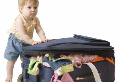 Pleci la mare cu copii mici? Iata ce lista de calatorie mi-a folosit mie
