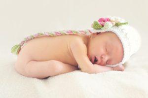Medic pediatru - bebelus